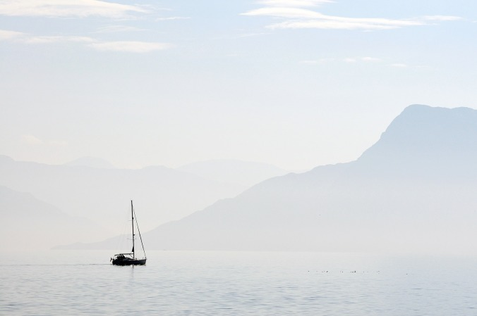 sailing-away-armadale-skye